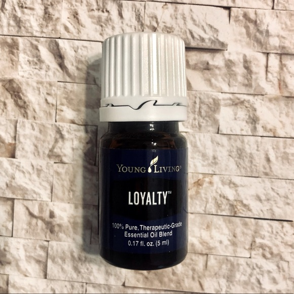 •Young Living Essential Oil• LOYALTY 5ml